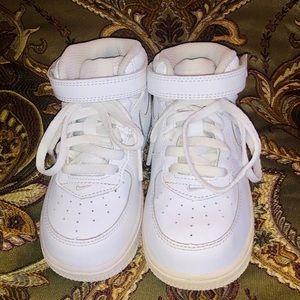 Toddler 8 Nike high tops